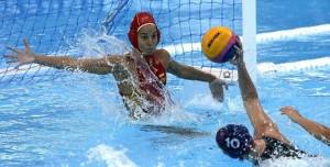 Laura Ester en un partido con España. Fuente: RFEN