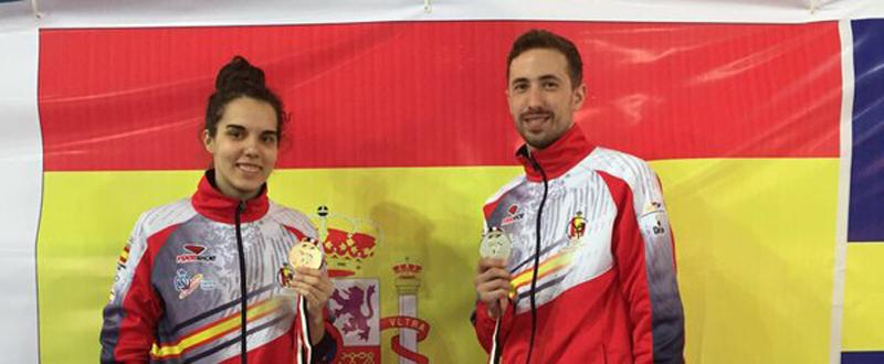 Los taekwondistas Marta Calvo y José Antonio Rosillo, con sus medallas en Egipto. Fuente: Fetaekwondo