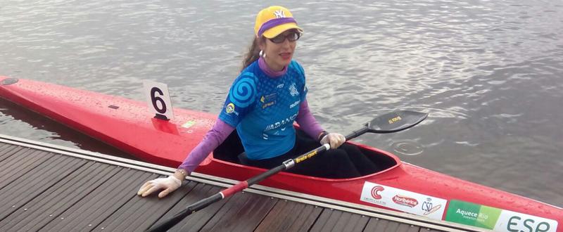 La kayakista Elena Naveiro, tras la disputa del selectivo nacional para ir al Mundial de paracanoe. Fuente: Club Breogán