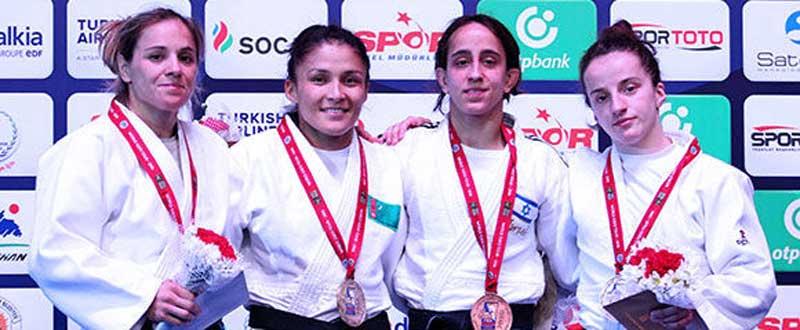 La judoca Laura Gómez (izquierda). Fuente: IFJ