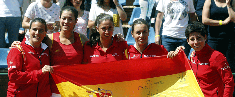 Conchita Martinez, Garbiñe Muguruza, Sara Sorribes, Anabel Medina y Carla Suarez. Fuente: EFE