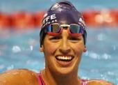 Michelle Alonso rompe otra barrera en la piscina