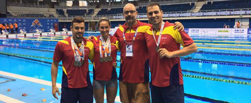 José Antonio Marí, Sarai Gascón, el técnico Jaume Marcé y Toni Ponce. Fuente: AD