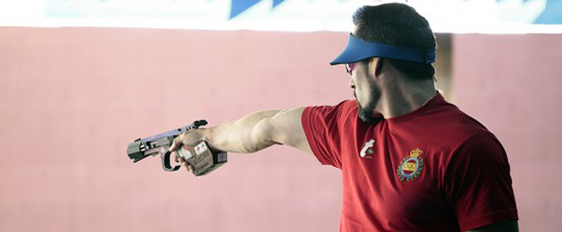 El tirador asturiano, Jorge Llames, durante una competición. Fuente: tirolímpico.org