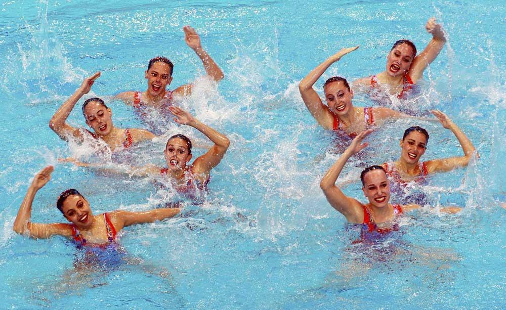 El equipo español en el Europeo de sincro. Fuente: EFE