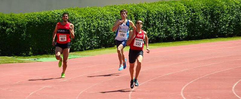 El velocista balear, Joan Munar, en la prueba de 400 metros en Segovia donde logró mínima para Río.