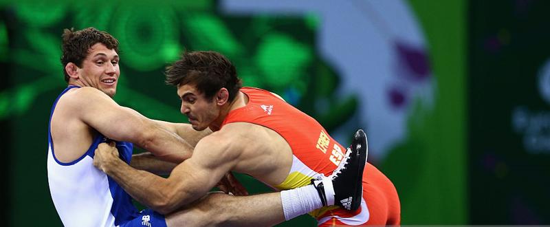 El luchador español, Taimuraz Friev (a la derecha), durante un combate. Fuente: worldwrestling