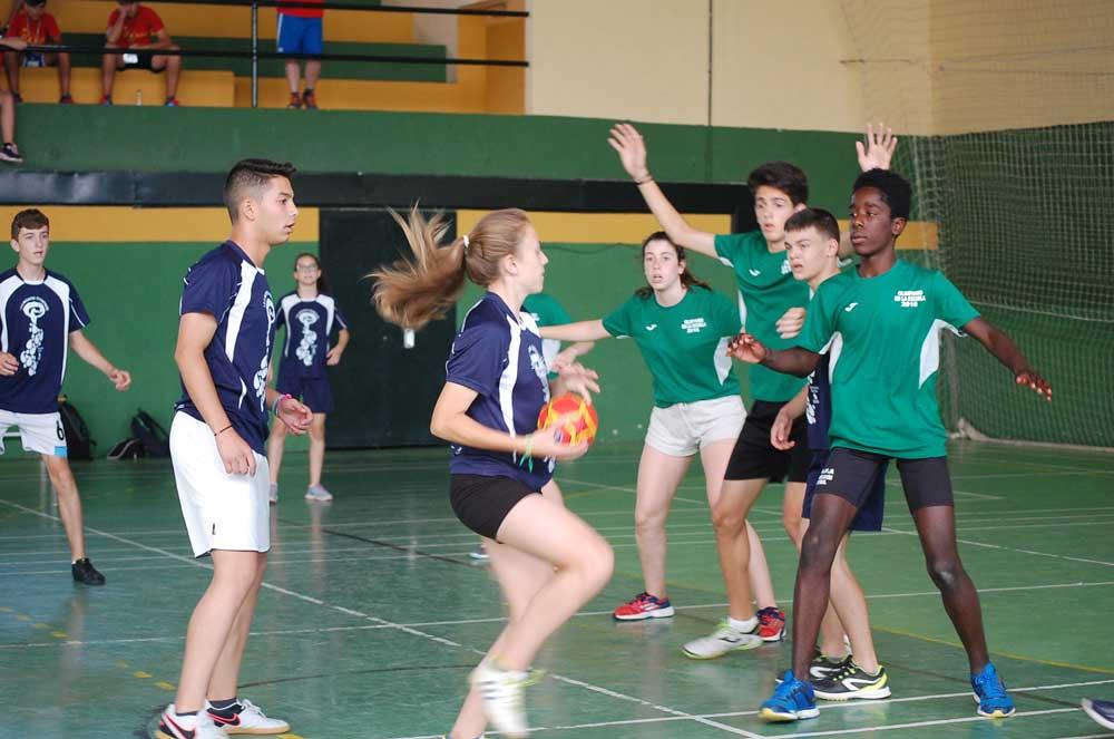 Prueba balonmano en la II Olimpiada Escolar Andaluza. Fuente: LPT/Avance Deportivo