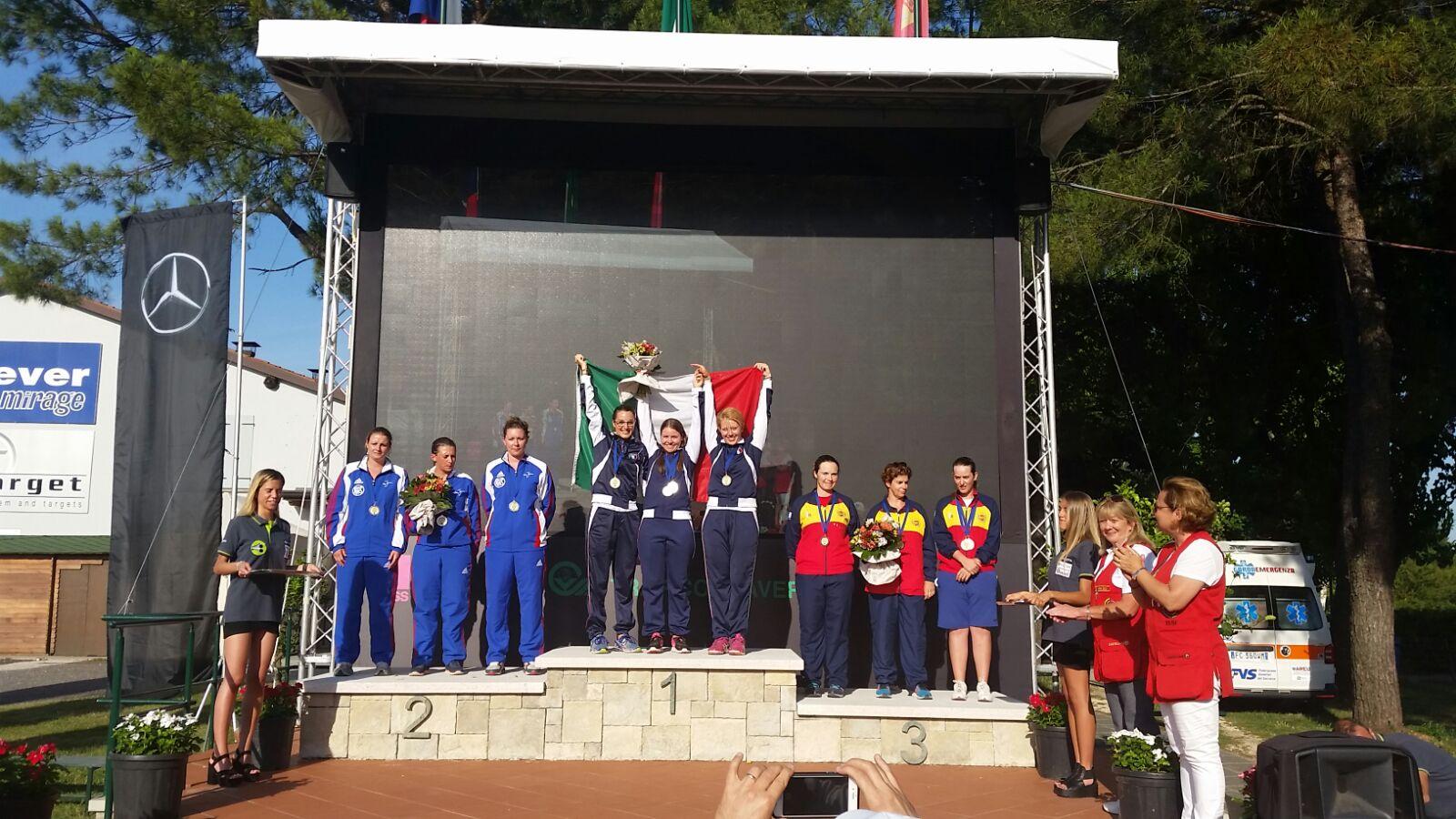 La entrega de medallas del Campeonato de Europa celebrado en Italia. Fuente: RDEDETO.