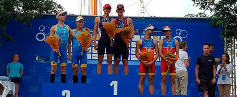 Podium Hector Catala Cto del Mundo Rotterdam 2016 FUENTE: Federación Española de Triatlón