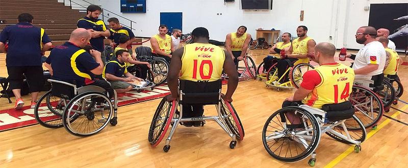 La selección española de baloncesto en silla durante una sesión de entrenamiento. Fuente: FEDDF