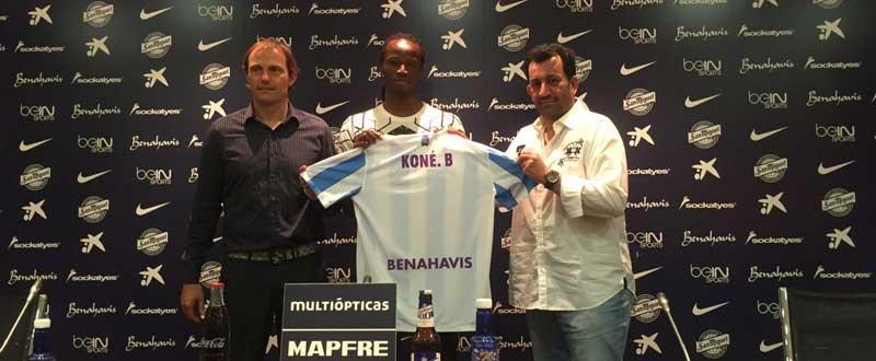 Kone se presenta como jugador del Málaga CF. JR/Avance Deportivo