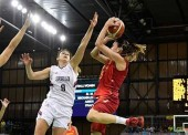 El baloncesto femenino debuta con victoria ante Serbia