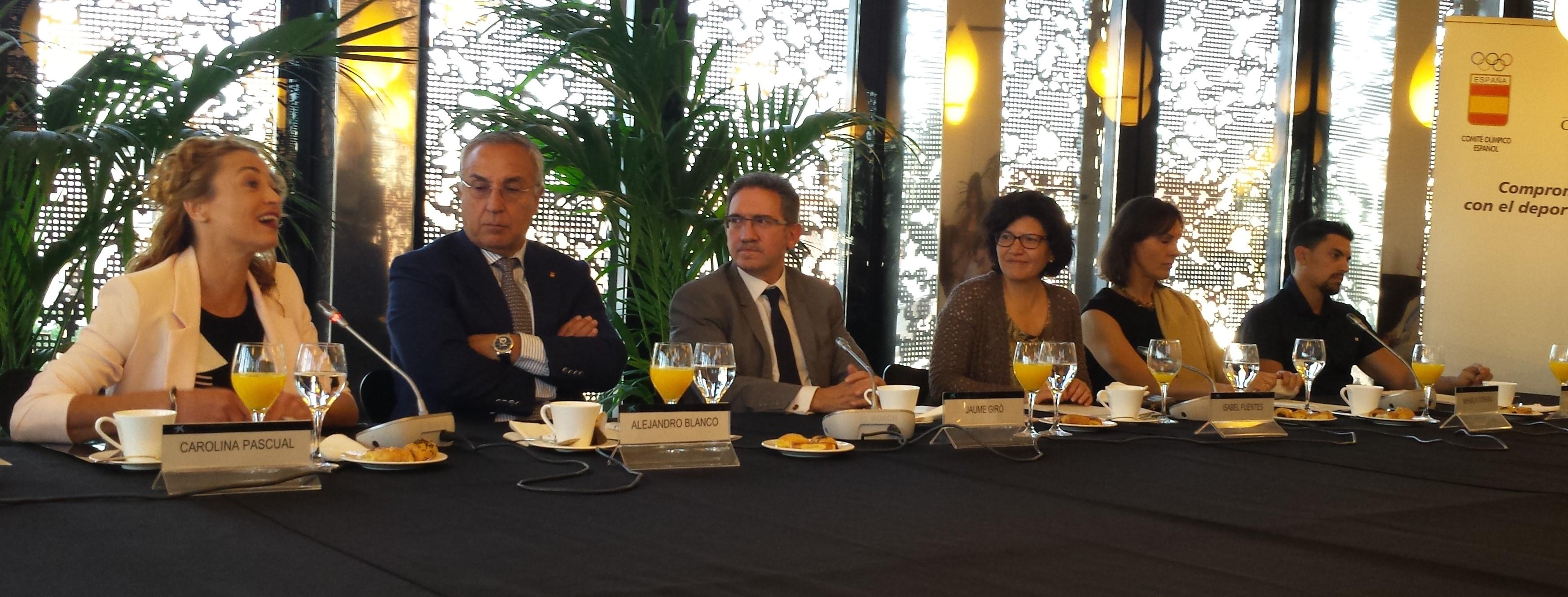 Carolina Pascual, Jaume Giró, Mihaela Ciobanu y Javier Illana. Fuente: Javier García.
