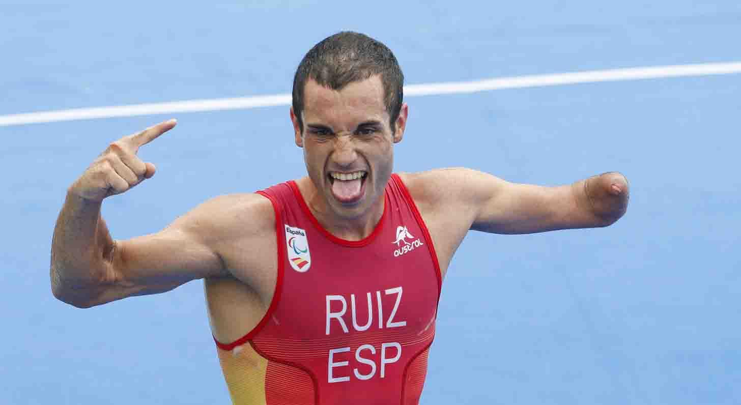 Jairo Ruiz celebra el bronce en Río. Fuente: CPE