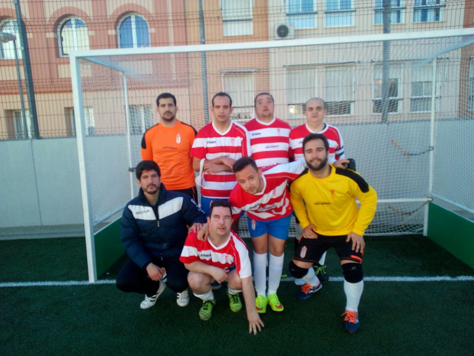El equipo de Granada. Fuente: AD