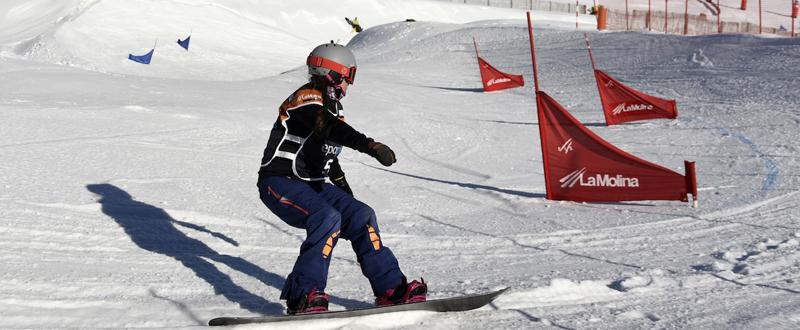 La rider española Astrid Fina durante la Copa del Mundo en La Molina. Fuente: Oriol Molas