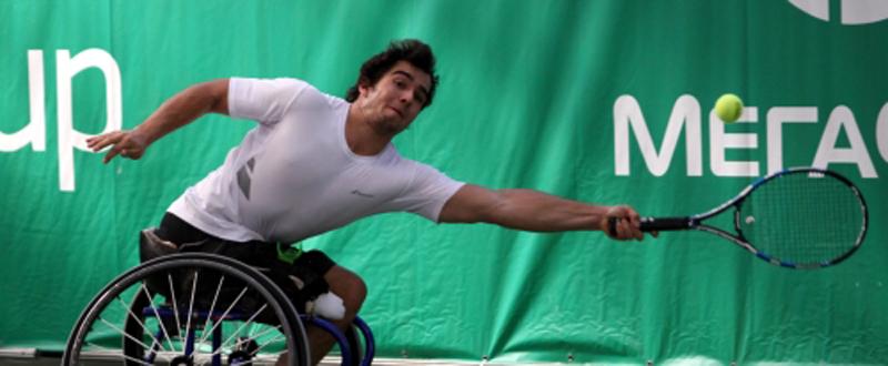 El tenista español, Dani Caverzaschi, durante un encuentro. Fuente: Megafon Dreamcup