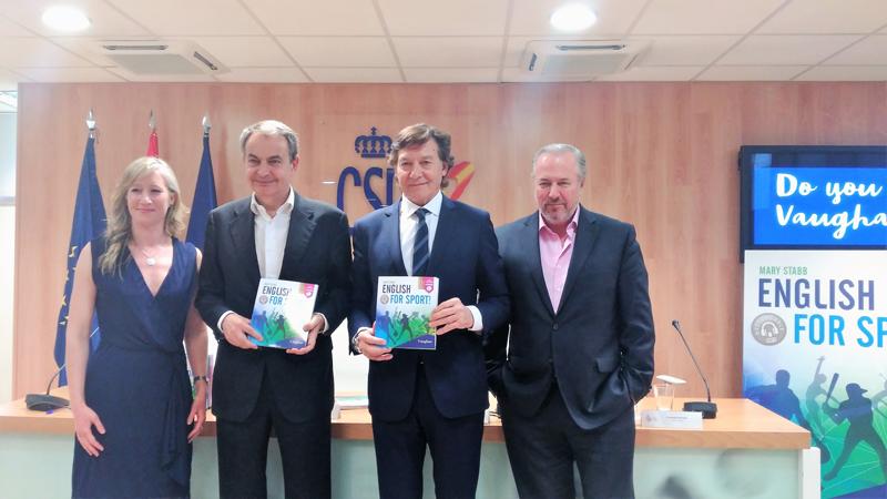Presentación del libro English for Sport. Fuente: Avance Deportivo/Mariló Carvajal