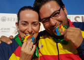 Fátima Gálvez y Alberto Fernández, oro en trap mixtos