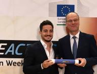 Damián Quintero asiste a la reunión de embajadores de la Semana Europea del Deporte