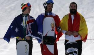 Regino Hernández logra el bronce olímpico en snowboard