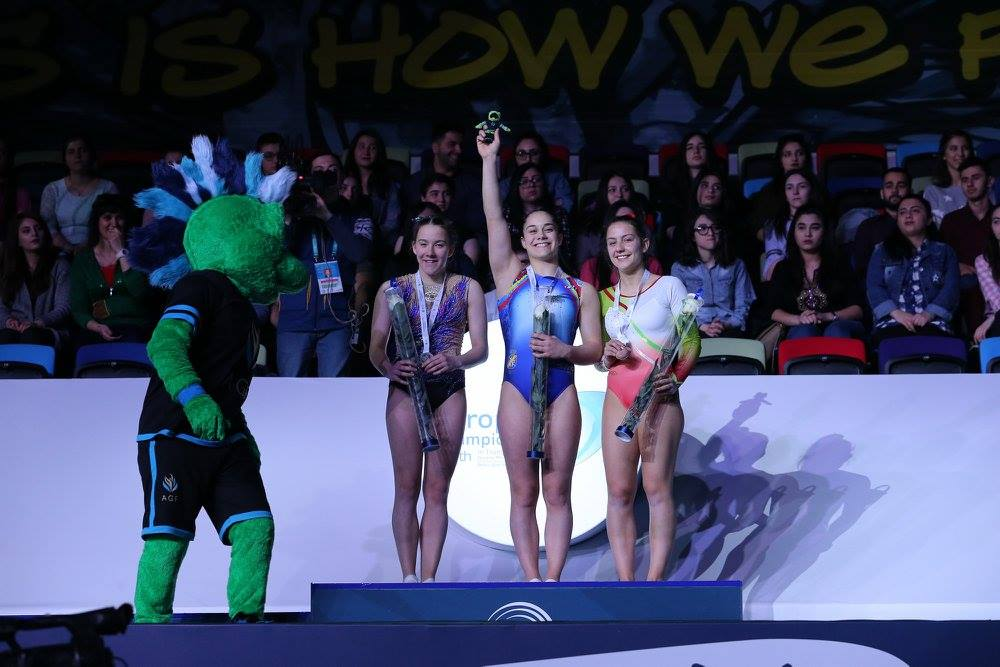 Melania Rodríguez revalida su título de Campeona de Europa Júnior de DMT. Fuente: Rfeg