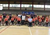 María José Rienda visita a las selecciones de baloncesto en silla de ruedas en el CAR de Madrid
