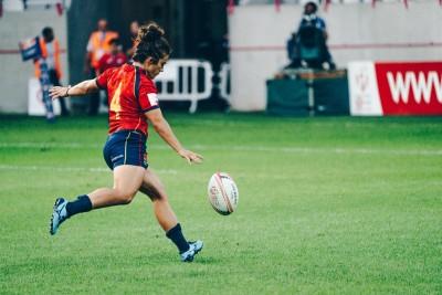 Patricia García golpea el oval