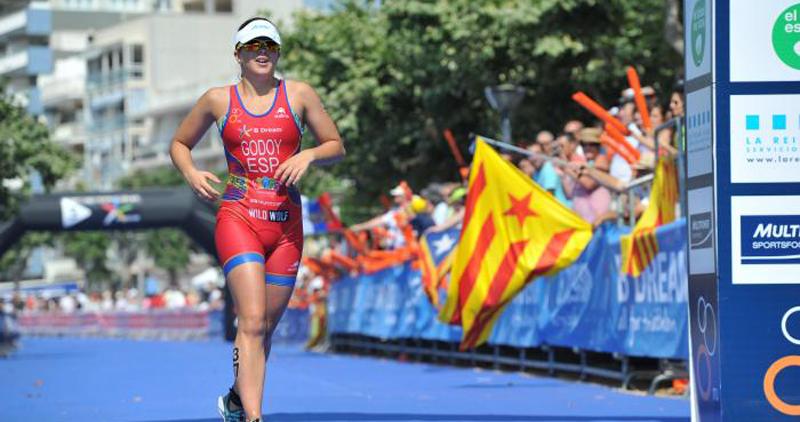 La triatleta española, Anna Godoy, durante una competición. Fuente: Triatlhon.org