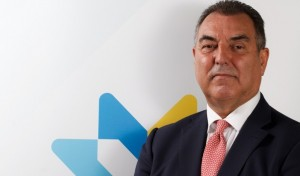 Frank González , reelegido presidente de la fedh