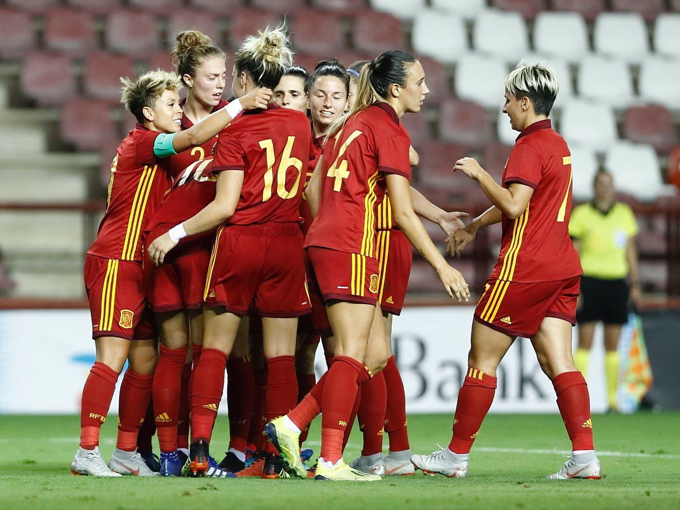 Gol de España ante Serbia. Fuente: SefutbolFem
