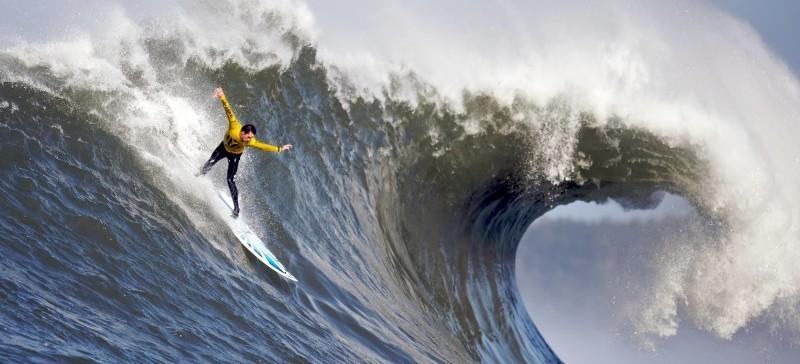 Los mejores surfistas buscan su plaza para Tokio 2020