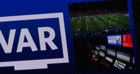 La FIFA estudia sustituir a los árbitros asistentes por robots