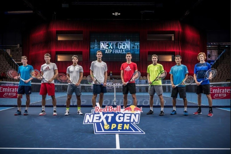 Fotografía: Sebastian Marko / Red Bull Content Pool https://maquinadoesporte.uol.com.br/artigo/red-bull-patrocinara-torneio-de-tenis-paralelo-ao-da-atp_37927.html