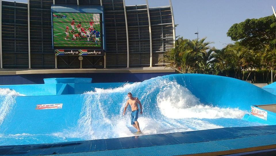 Sport Powerful Recreation Surfer Surfing Water. Imagen de Max Pixel / CC0 1.0