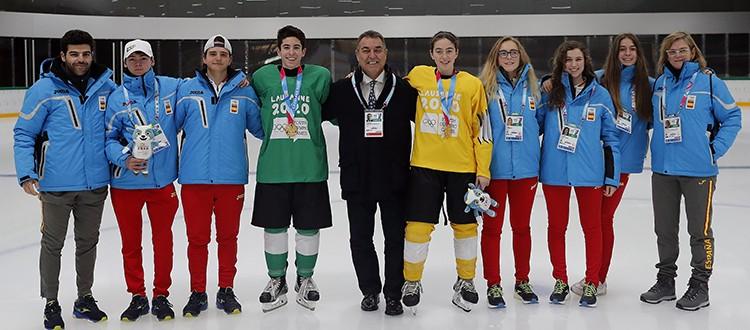 Equipo hockey hielo 3x3. Fuente: COE