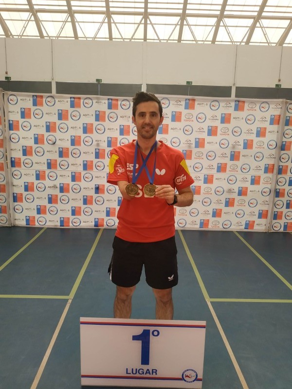 José Manuel Ruiz, doble medallista de oro en el Open de Chile. Fuente: José Manuel Ruiz Reyes