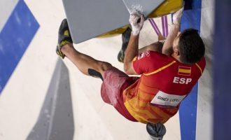 Alberto Ginés, campeón olímpico en escalada