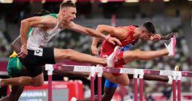 Asier Martínez vuela hacia la final olímpica