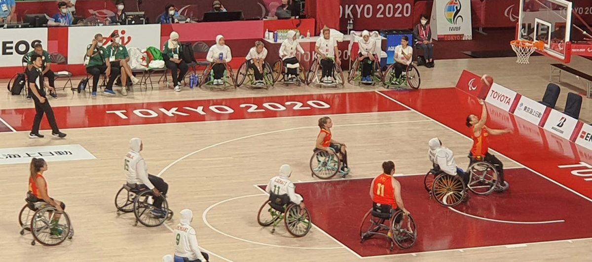 Equipo femenino español de baloncesto en silla. Fuente: CPE
