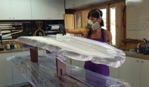 Marieta San Román, artesana del surf