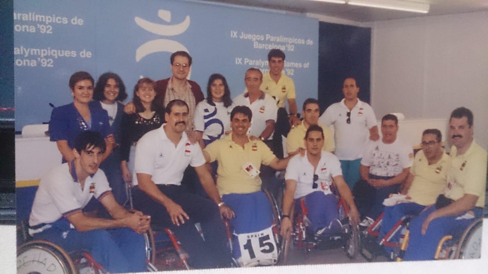 Eloy Guerrero, segundo por la derecha, con la selección en Barcelona 92.