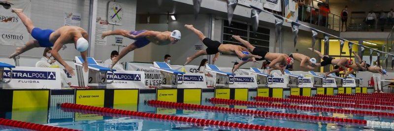 Nadadores en el Open Castalia. Fuente: CPE