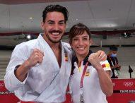 Sandra Sánchez y Damián Quintero, abanderados en la ceremonia de clausura
