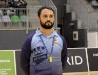 Rubén Sánchez, un árbitro de voleibol contra el coronavirus